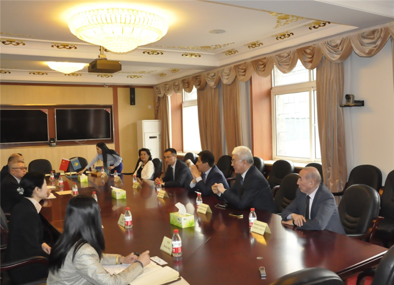 Negotiations with the University of Minzu