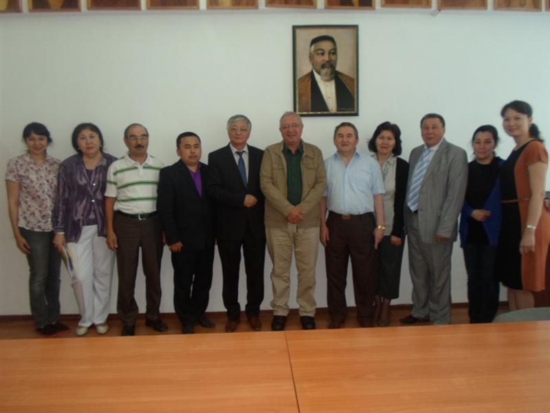 "The staff and guests of the department ""Translation theory and methodology"""