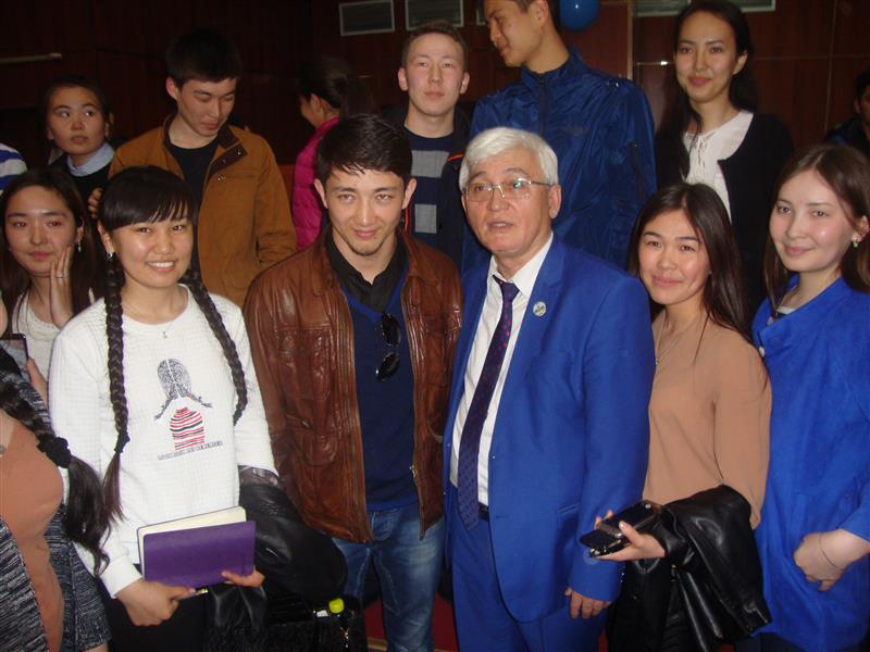 "21.09.2018 A meeting entitled ""Welcome to Almaty, the starry youth!"" Held at the FIT with the participation of artists of the Youth Theater in Astana, who arrived in Almaty at the festival of theatrical art."