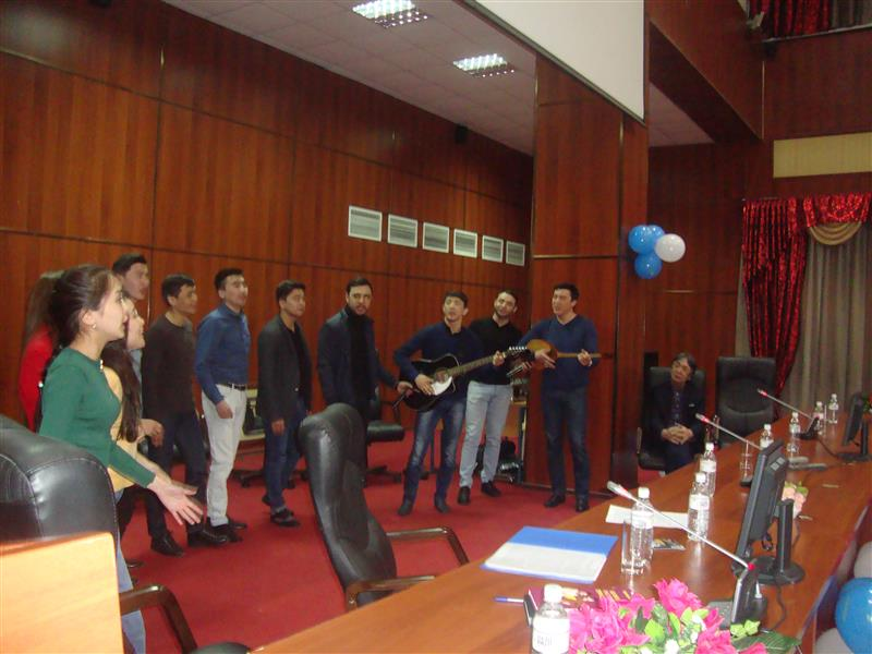 "Today, the 85th anniversary of the Al-Farabi Kazakh National University and the literary and musical evening dedicated to the Year of Youth of the project ""Musical Evening in Mechmat"" took place at the Faculty of Information Technologies. Students of 1-3"
