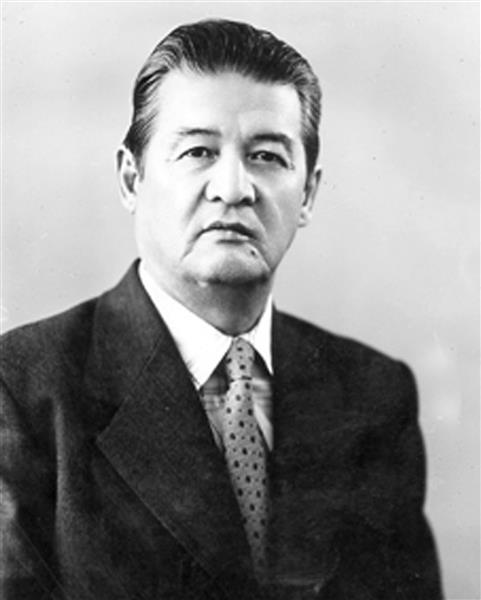 Doctor of Philology, Professor Tauman Salykbayuly AMANDOSOV graduated from our faculty in 1951
