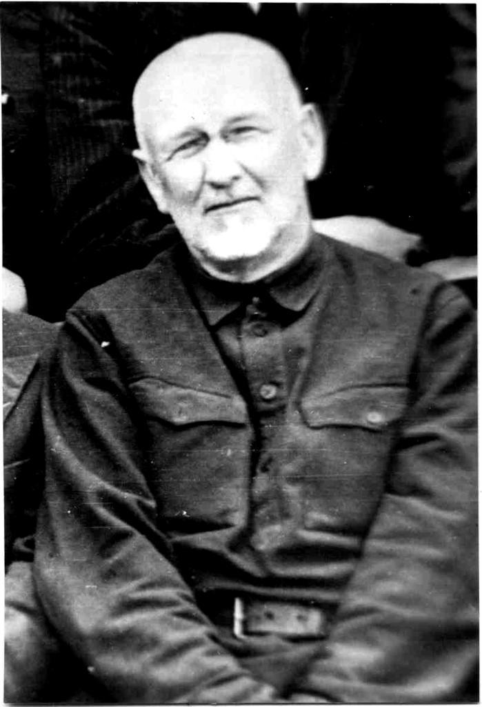 Профессор Бартенев Александр Николаевич 1934-1936,