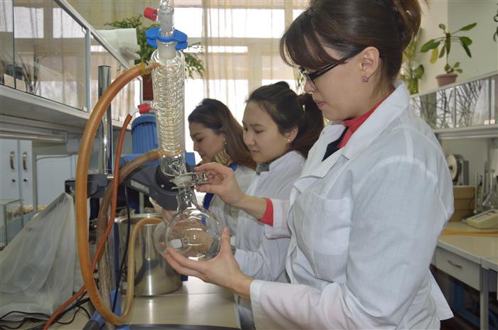 Университеты связанные с биологией